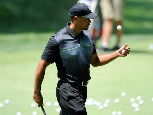 Woods Returns To Golf