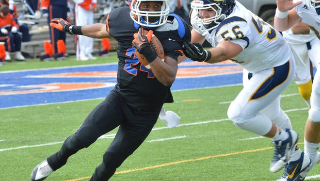 Louisiana College cornerback and return specialist Ira Jewitt (24), shown in action last season against Mississippi College, and his teammates will face No. 4 Wesley College in Delaware on Saturday.