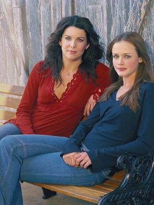 Lauren Graham, left, and Alexis Bledel star in 'Gilmore Girls.'