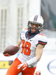 Illinois sophomore wide receiver Mike Dudek finished