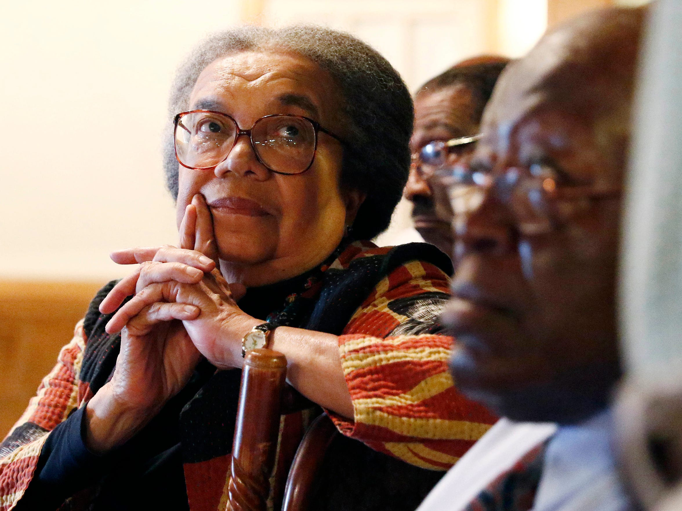 "In this July 11, 2017 photograph, Marian Wright Edelman, president and founder of the Children's Defense Fund, a national group that advocates for social services for the poor, listens to locals discuss the limited employment opportunities and how the Jonestown, Miss., community is a ""food desert"" because there are no grocery stores in the community. The visit is part of a campaign to end child poverty in the United States, that revisited the 1967 tour of the Mississippi Delta by U.S. Sen. Robert F. Kennedy. (AP Photo/Rogelio V. Solis)"