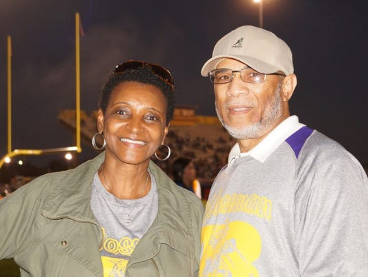 636383070103740306-In-fall-2016-Rose-and-Ronald-Lee-enjoyed-homecoming-activities-with-WHS-Class-of-1973-at-their-annual-tailgating-spot-around-the-football-field..jpg