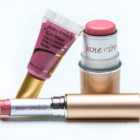 Gallery | Makeup must-haves to get that Emmy look