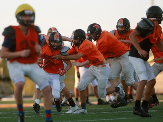 Solon's defense practices on Wednesday, Oct. 18, 2017.