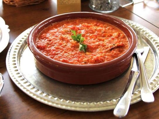 Traditional Turkish cuisine, Menemen in a earthenware