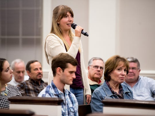 Camille Tish, a Vanderbilt student, shares a story during a service at the Nashville Christian Science Church in Nashville, Tenn., Wednesday, Sept. 13, 2017.