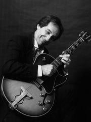 Richie Summa and his trio get jazzy at 8 p.m. Saturday at Blue Tavern.