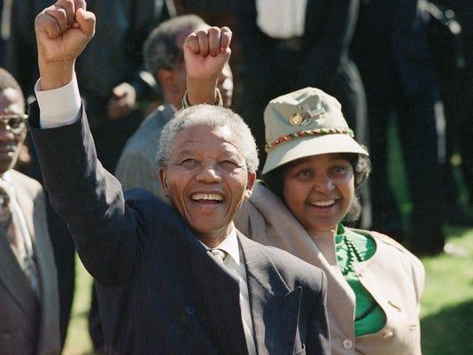 AP MANDELA-NELSON AND WINNIE I OBIT FILE ZAF