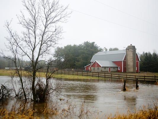 635857007565957160-WRT-Barn-Flood-SA.JPG