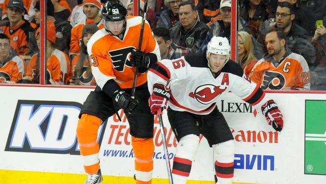 Jake Voracek and the Flyers went 1-3 against the Devils last season.