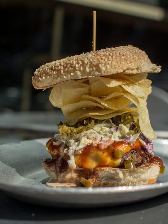 636468803393636241-Bobby-s-Style-Burger.jpg