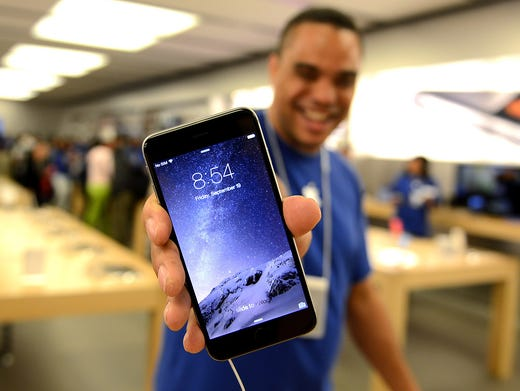 Millions snap up iPhone 6 on opening weekend