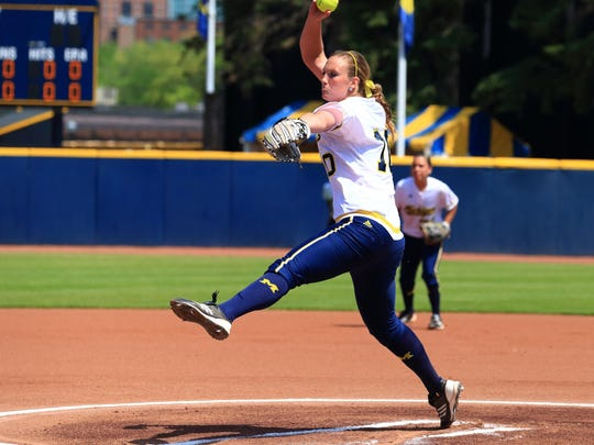 Fifth-year senior Sara Driesenga is 22-1 this season with a 2.14 ERA and 95 strikeouts in 1302/3 innings.