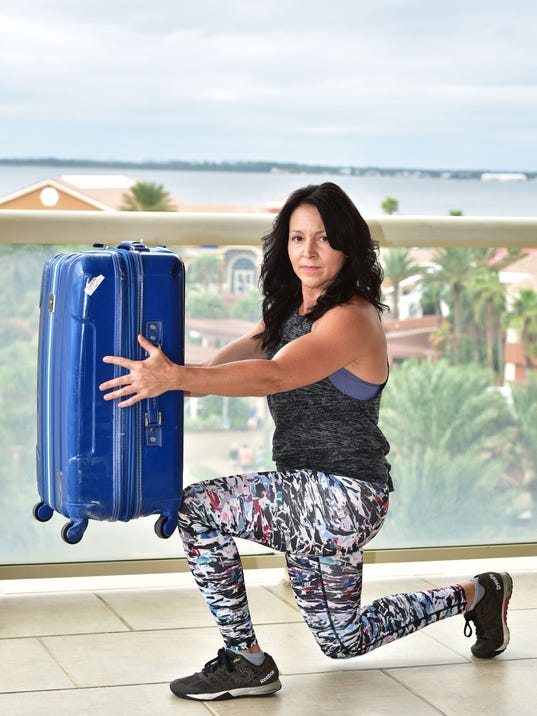 636468742432969470-Sharon-Lord-Hotel-Workout-04.jpg