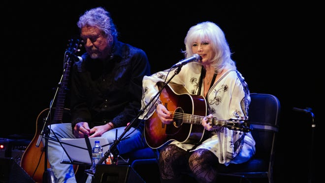 Emmylou Harris performs during Lampedusa: Concerts for Refugees at the Pabst Theater Wednesday.