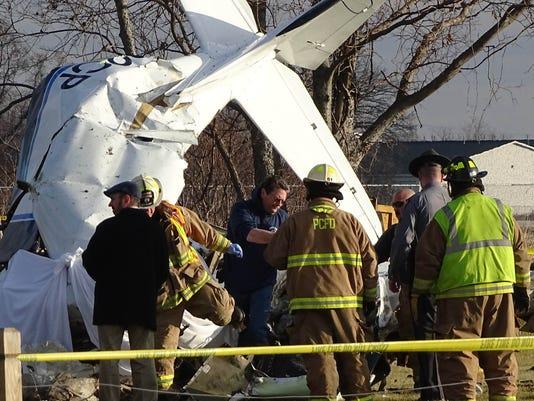 635554762694516855-plane-crash-2
