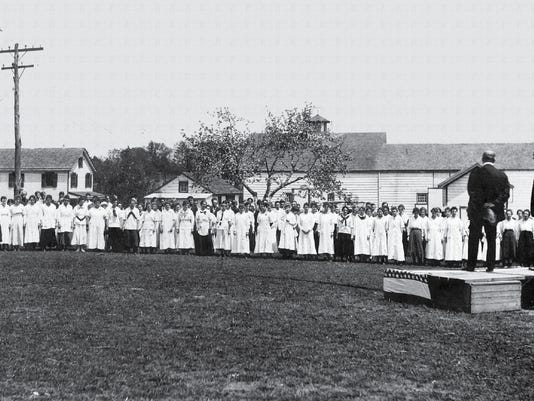 1910 Dr Lederle Addressing Employees