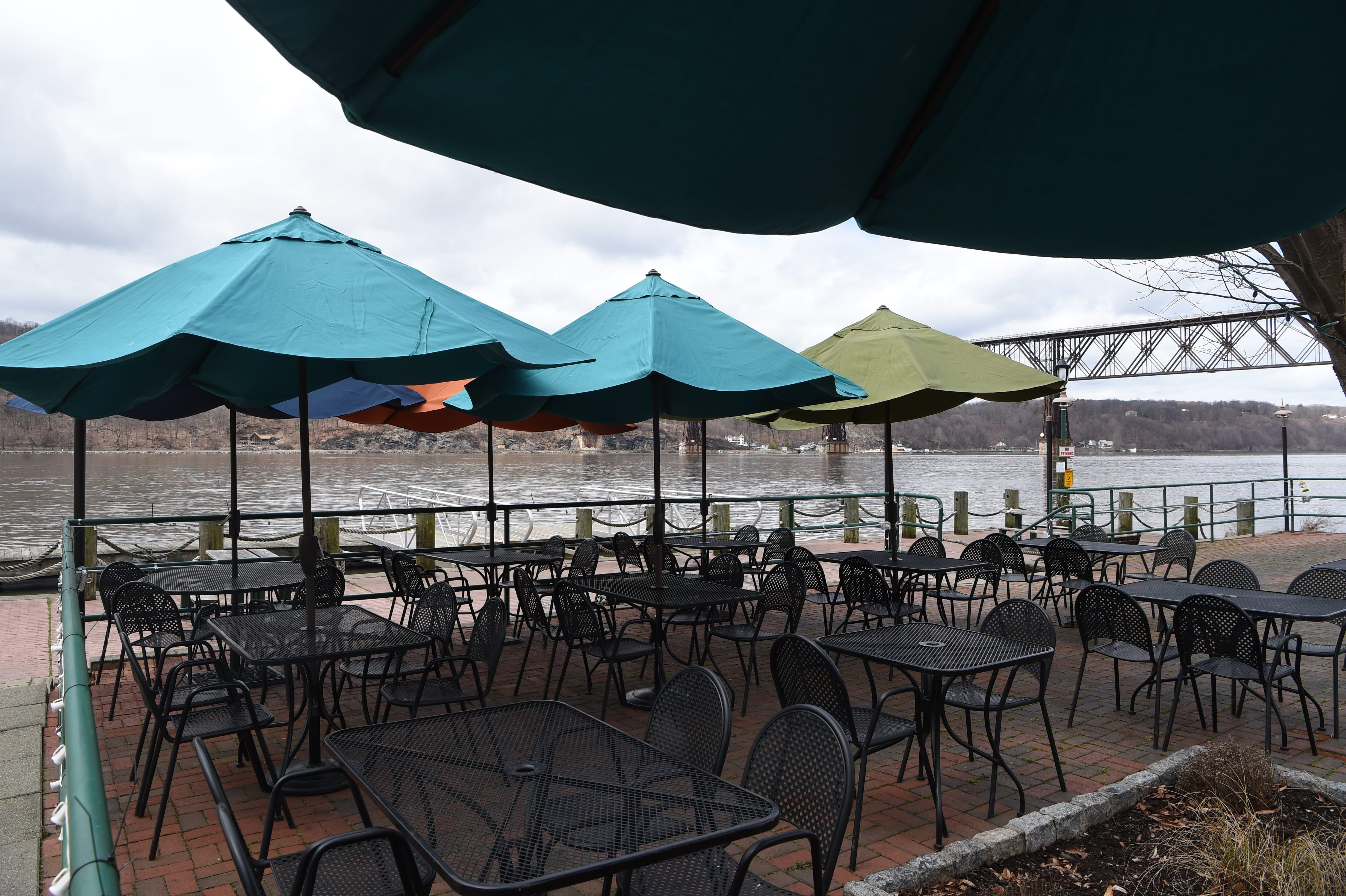 & From patios to the riverfront enjoy outdoor dining in Dutchess
