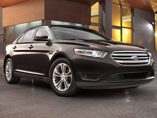636602812587144175-2018-Ford-Taurus.jpg