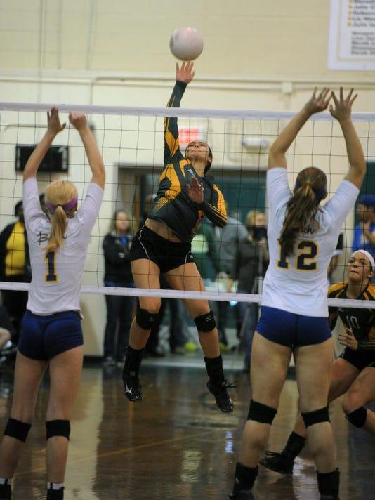 Catholic Volleyball 6