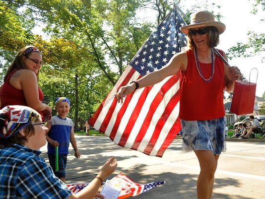 -parade 15.JPG_20120704.jpg