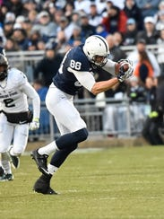 Penn States Mike Gesicki catches a pass during a football
