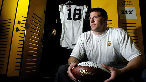 Iowa linebacker Chad Greenway, a Mt. Vernon native,