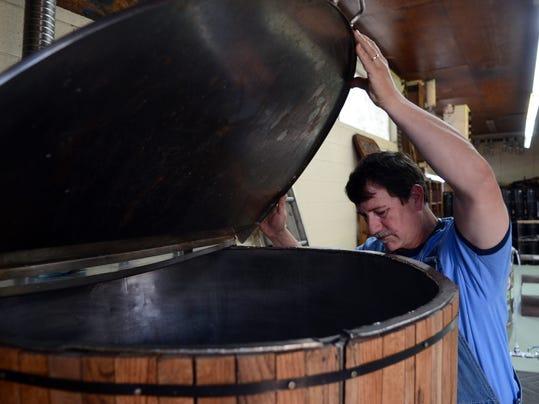 -gordon creek brewery 03.JPG_20130411.jpg