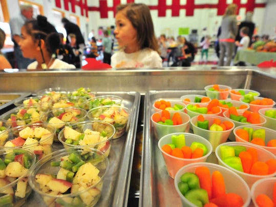 WIL 1023 School lunches 9