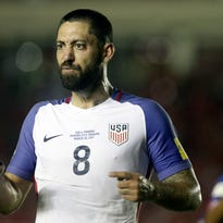 Dempsey approaches record as US rebounds