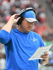 Lions offensive coordinator Jim Bob Cooter on the sidelines.