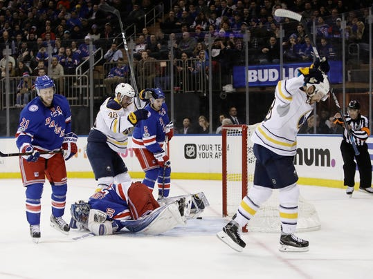 a7cd34511 NEW YORK (AP) — Evander Kane and Justin Bailey scored 1:42 apart around the  first intermission, leading the Buffalo Sabres to a 4-1 victory over the  New ...