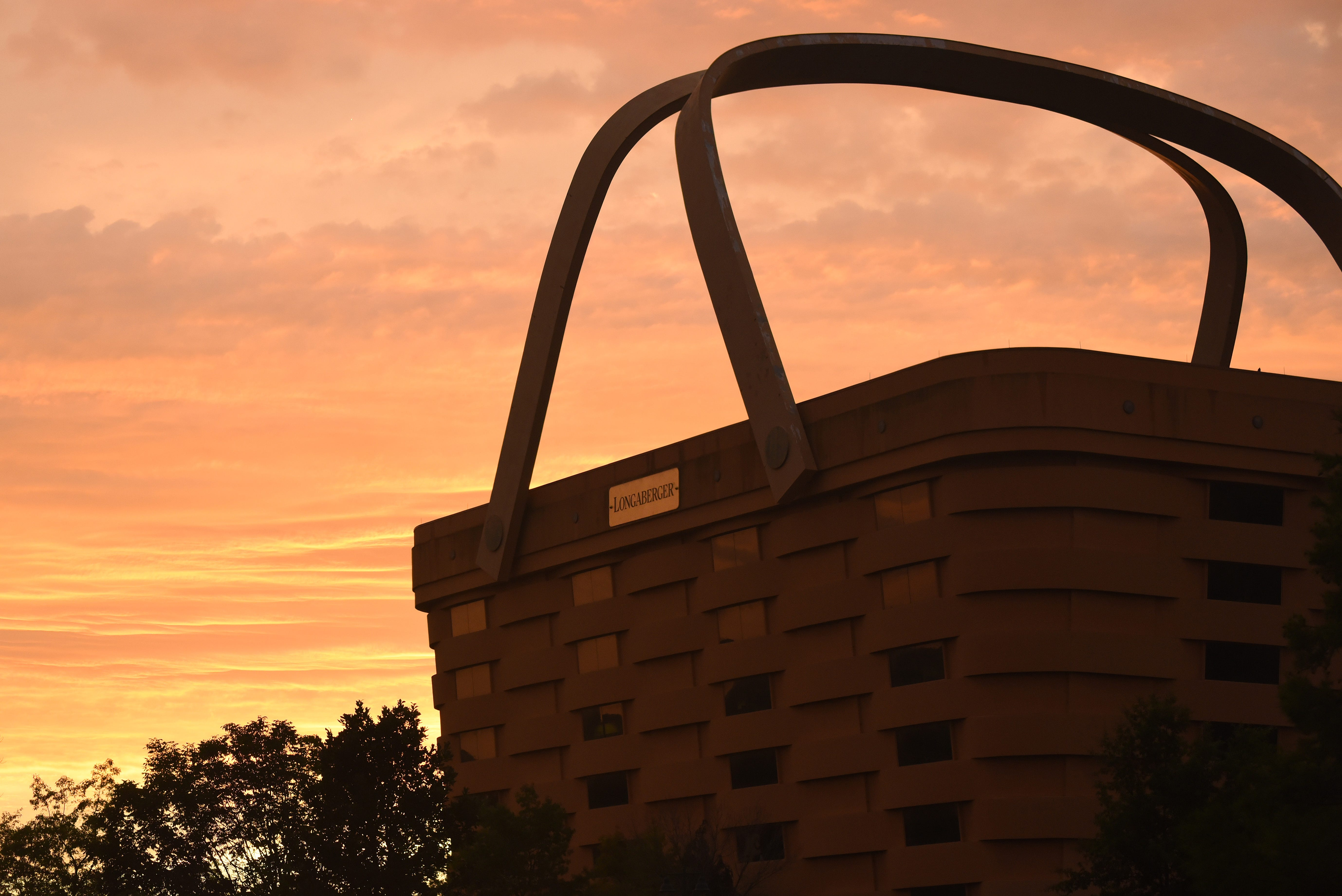 9 Story Of 2017: Longaberger Basket Building Woes