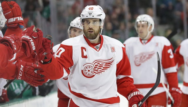 Henrik Zetterberg of the Red Wings celebrates a goal against the Stars in the first period at American Airlines Center on January 12, 2017 in Dallas, Texas.