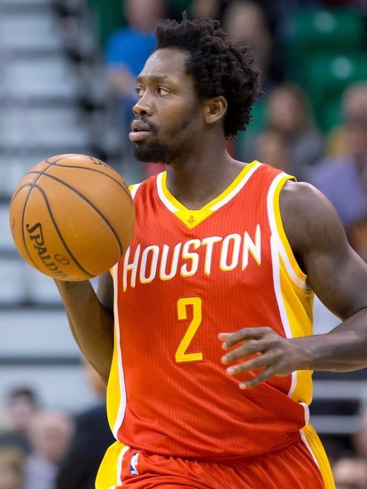 Rockets' Patrick Beverley out with left wrist injury