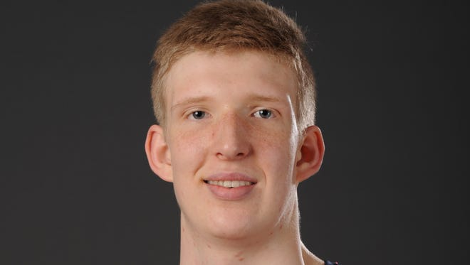 Connor Vanover, a 7-foot-4 center from Little Rock, Ark., is being recruited by Memphis.