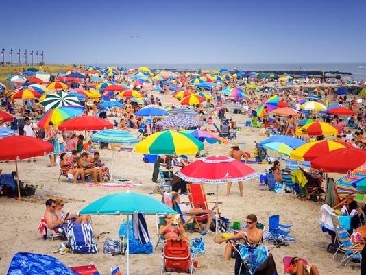 636063320595793856-6-Wildwoods-New-Jersey-Beach-Scene.jpg