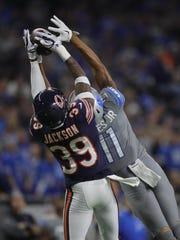 Detroit Lions' Marvin Jones Jr. makes a catch against