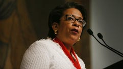 Former attorney general Loretta Lynch speaks at the