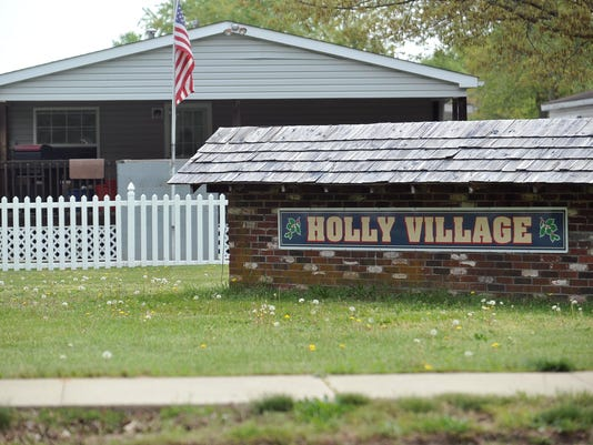 636015055705896970-Holly-Village-trailer-park-04.jpg