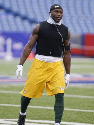 Green Bay Packers safety Chris Banjo warms up before Sunday's game against the Buffalo Bills in Orchard Park, N.Y.