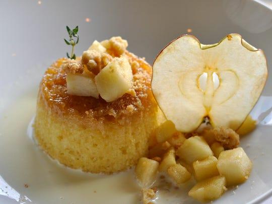 The steamed apple sponge cake from the Bernards Inn.