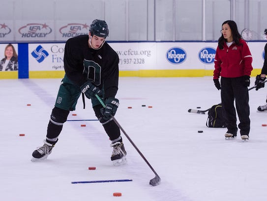 River Rymsha, who plays NCAA hockey at Dartmouth College,