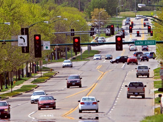 Des Moines and Windsor Heights may reduce University Avenue to three lanes between 42nd and 73rd streets. The road currently varies from four to five lanes in that stretch.