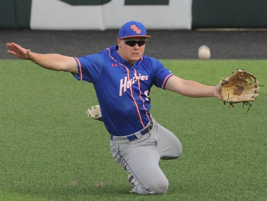 Houston Baptist right fielder Matt Heck can't get to