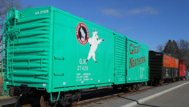 The 27429 boxcar was built at the Waite Park Great Northern Car Shops.