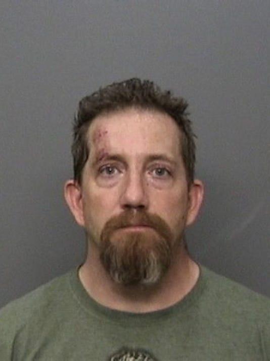 Police: Redding man who aimed to kill deputies was 'running