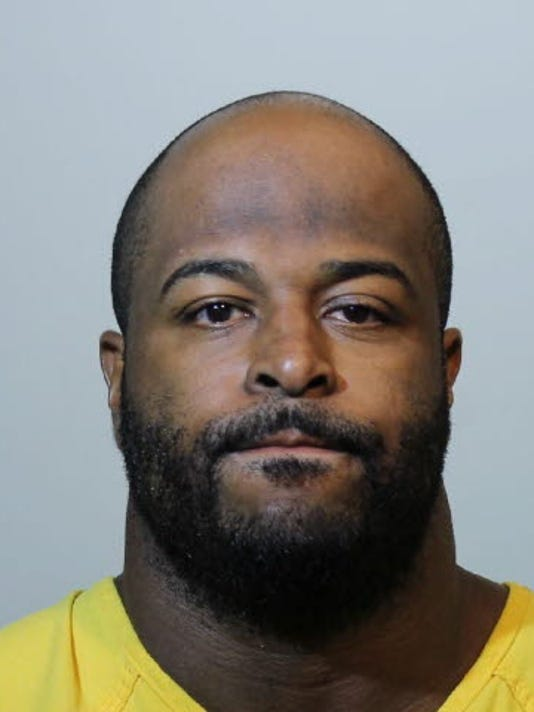 Ex-NFL lineman Barry Cofield charged with heroin possession