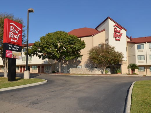 Dec 01, · Red Roof PLUS+ San Antonio Downtown - Riverwalk is a % smoke-free, family-friendly hotel in Downtown San Antonio, Texas. We are one of the best budget hotels located just minutes away from world-famous the San .