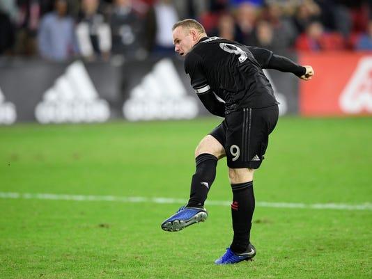 MLS_Crew_SC_DC_United_Soccer_82203.jpg